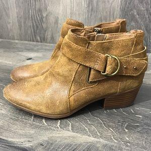 Clarks Spye Belle Leather Ankle Bootie